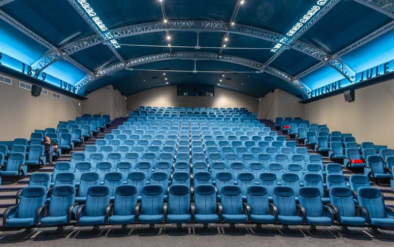 <CENTER>Cinéma des cinéastes<CENTER>